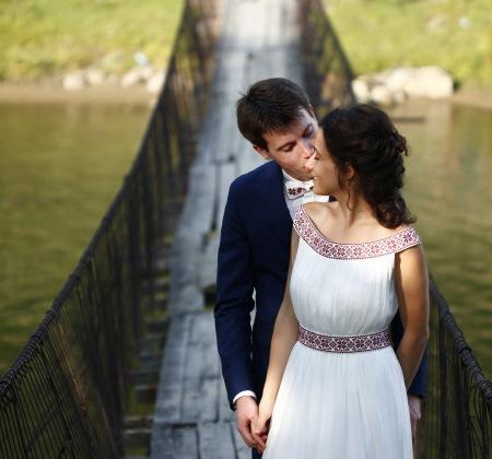 Nunta Traditionala Romaneasca Cu Parfum De Fan Cosit Costume Ii